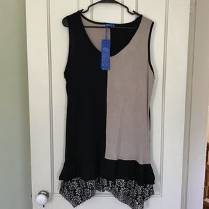 NWT Aster Plus Size Beige & Black Tunic w/ Lace
